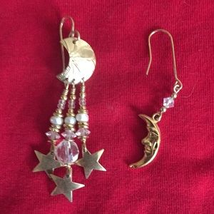 Jewelry - Earrings, different but a set. So cute!